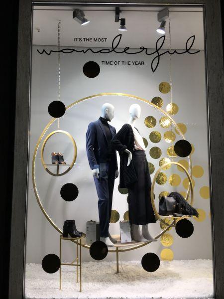 schaufenster weihnachten bei reischmann in ravensburg. Black Bedroom Furniture Sets. Home Design Ideas