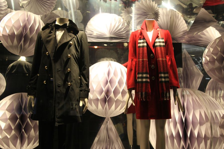 Papierkunst bei Burberry in New York