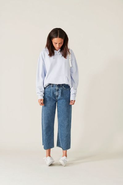 Wide Leg, Cropped. Levi's