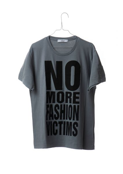 "T-Shirt ""No more fashion victims"", Katharine Hamnett, 2019"