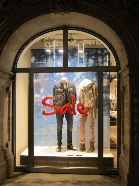 Schaufenster Winter Sale L Uft Auf Vollen Touren