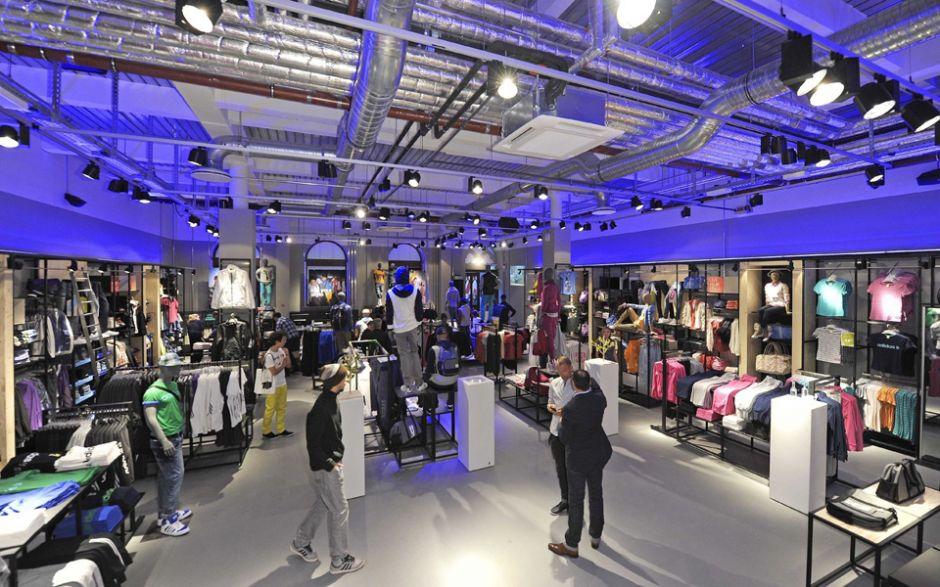 Unternehmen  Adidas Neo eröffnet ersten deutschen Store in Hamburg a26a2d92b0
