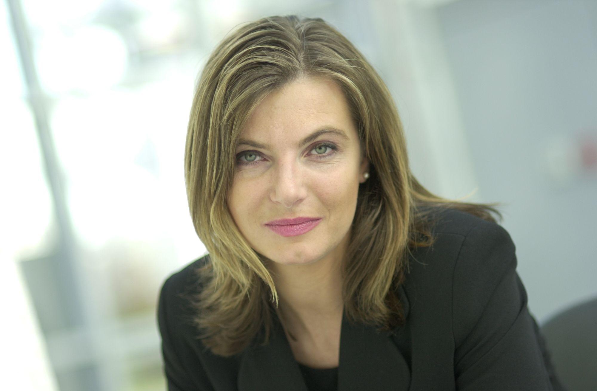 Unternehmen: Kaufhof: Claudia Reinery wird Mitglied der ...