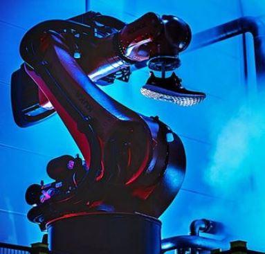 Need for Speed: Adidas verkauft Speedfactory-Schuhe bei Foot Locker