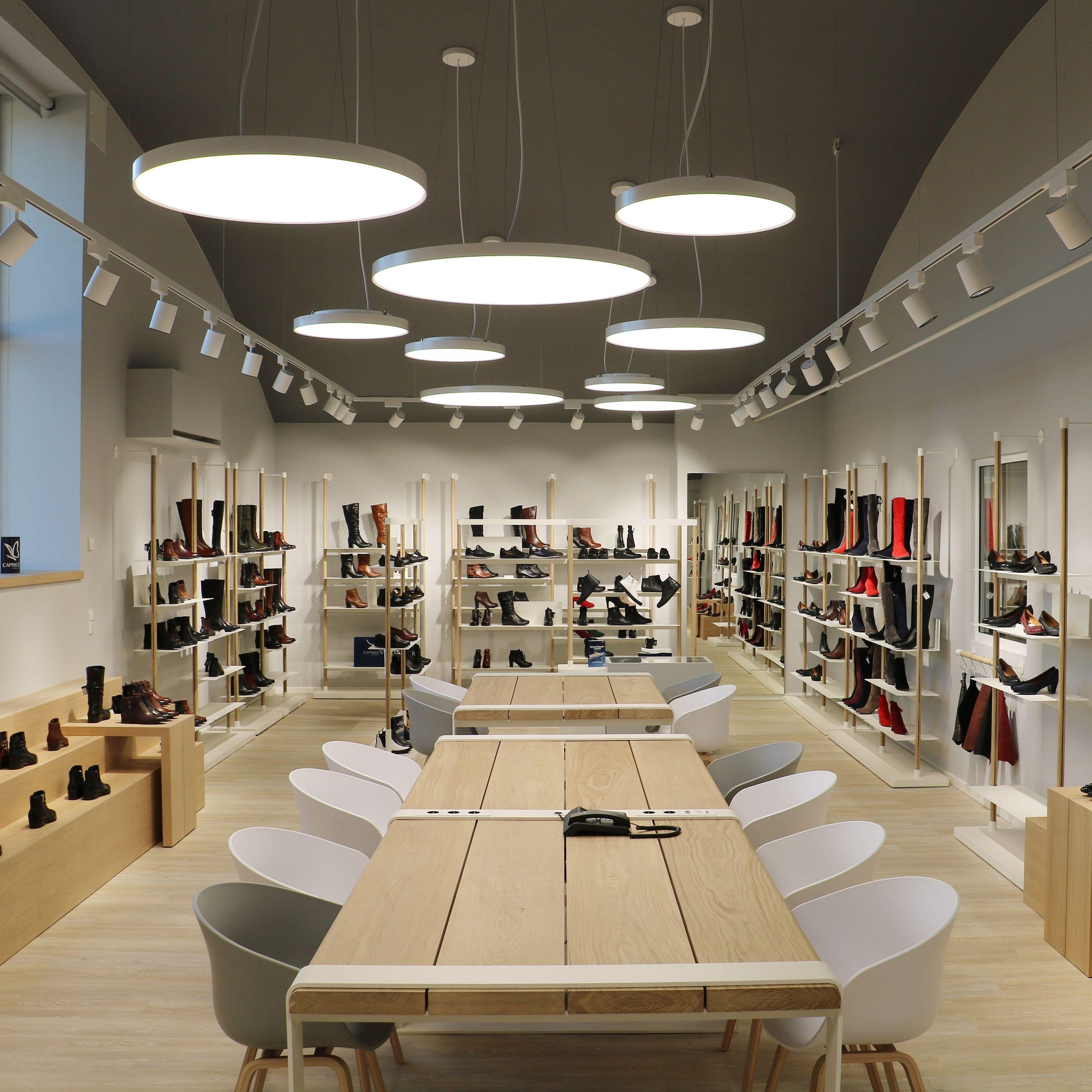 new products 3dd51 f2fc3 Schuh-Order: Caprice eröffnet Showroom in Pirmasens