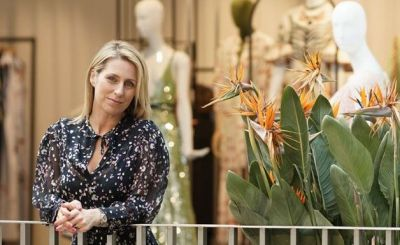 Claire Miles ist Buying Director beim progressiven Luxus-Retailer The Shop at Bluebird, der mit drei Standorten in London vertreten ist: am Covent Garden, in Notting Hill und Guildford.