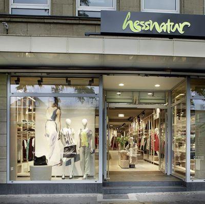 49a267d874f288 Fair Fashion-Anbieter legt Zahlen für 2017 18 vor  Hess Natur wächst ...