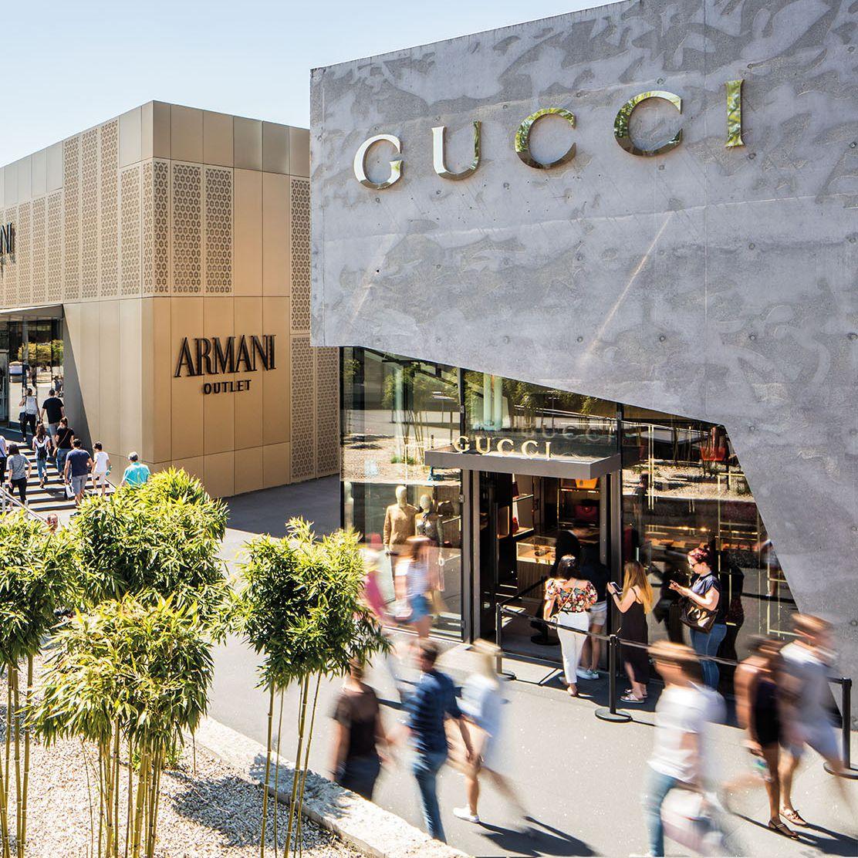 Verwonderlijk 16 neue Marken eröffnen im April: Von Versace bis Valentino VH-97