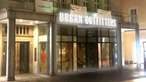 Der Urban Outfitters-Store in Leipzig (Fotomontage)