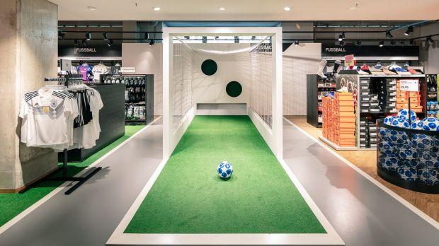 Sportartikel Fussball online kaufen bei Karstadt Sports