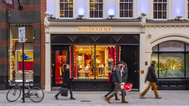 Roger Vivier-Store in der New Bond Street in London