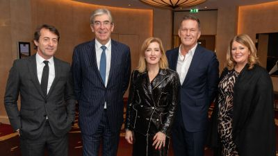 Beim Walpole CEO & Chairmen's Dinner in London (v.l.n.r.): Marco Gentile, President EMEIA, Burberry; Helen Brocklebank, CEO, Walpole;  Andrew Maag, CEO Dunhill; Jenny Urquhart, Chairman, Johntons of Elgin.