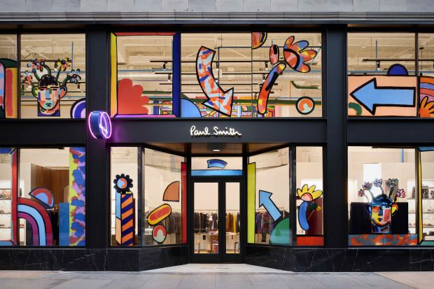 Die farbenfrohe Fassade des neuen Paul Smith-Stores in Los Angeles.