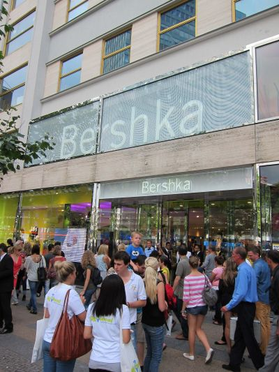 Hamburg bershka in Registration