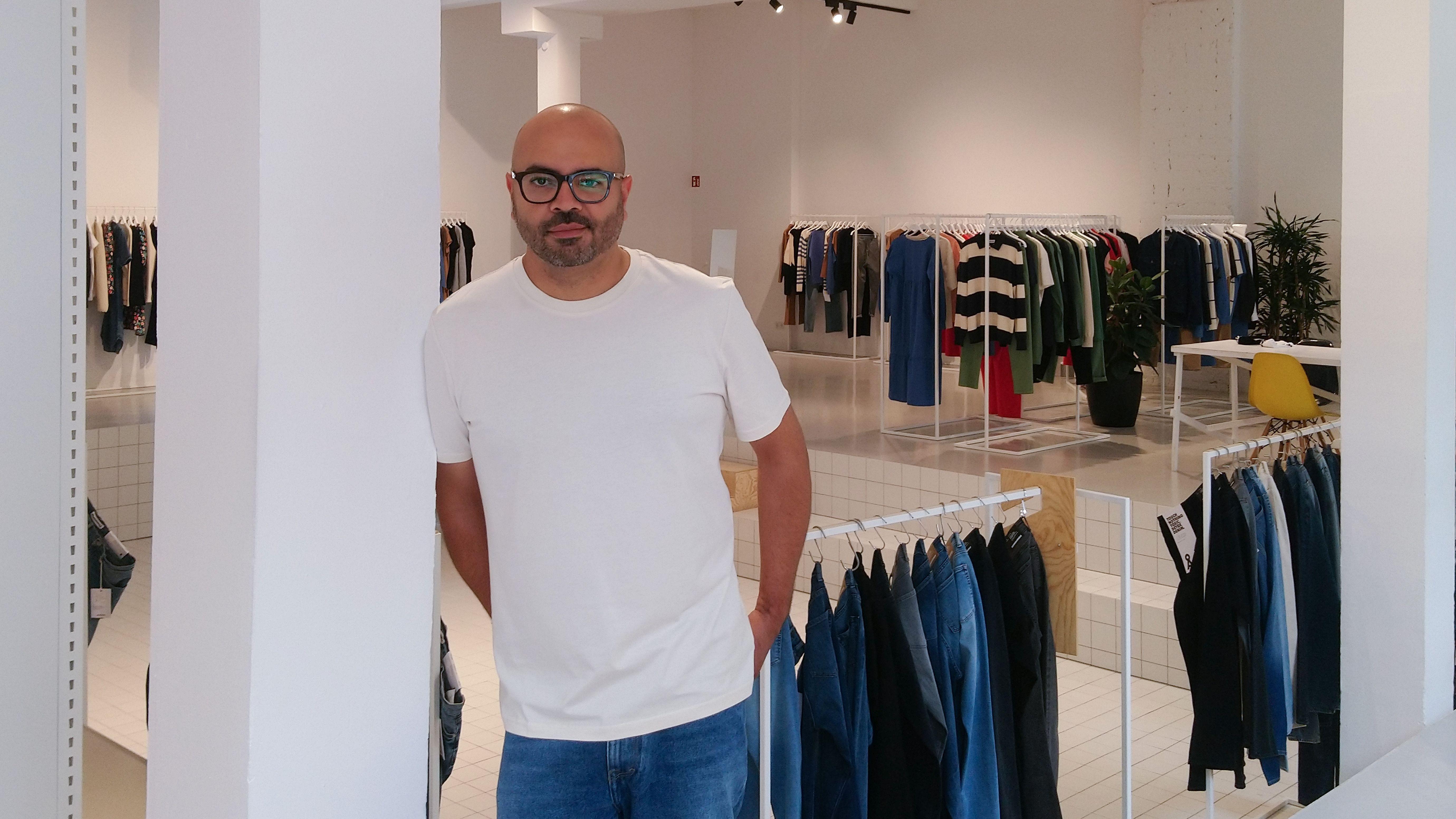Ex-Inditex-und-Esprit-Manager-wechselt-zum-K-lner-Fair-Fashion-Label-Armedangels-Manar-Samaki-ist-neuer-Global-Supply-Chain-Director