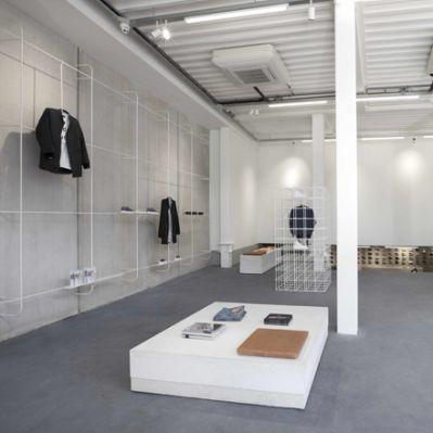 l den die top 15 displays. Black Bedroom Furniture Sets. Home Design Ideas