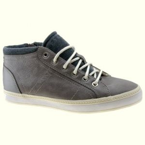 Foto: Two-Tone Trainer, Esprit