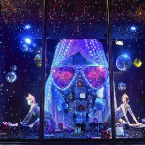 Harvey Nichols Christmas Windows - Heather Berrisford Getty Images -1544.jpg