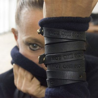 Not One More-Armband (Foto: Urban Zen)