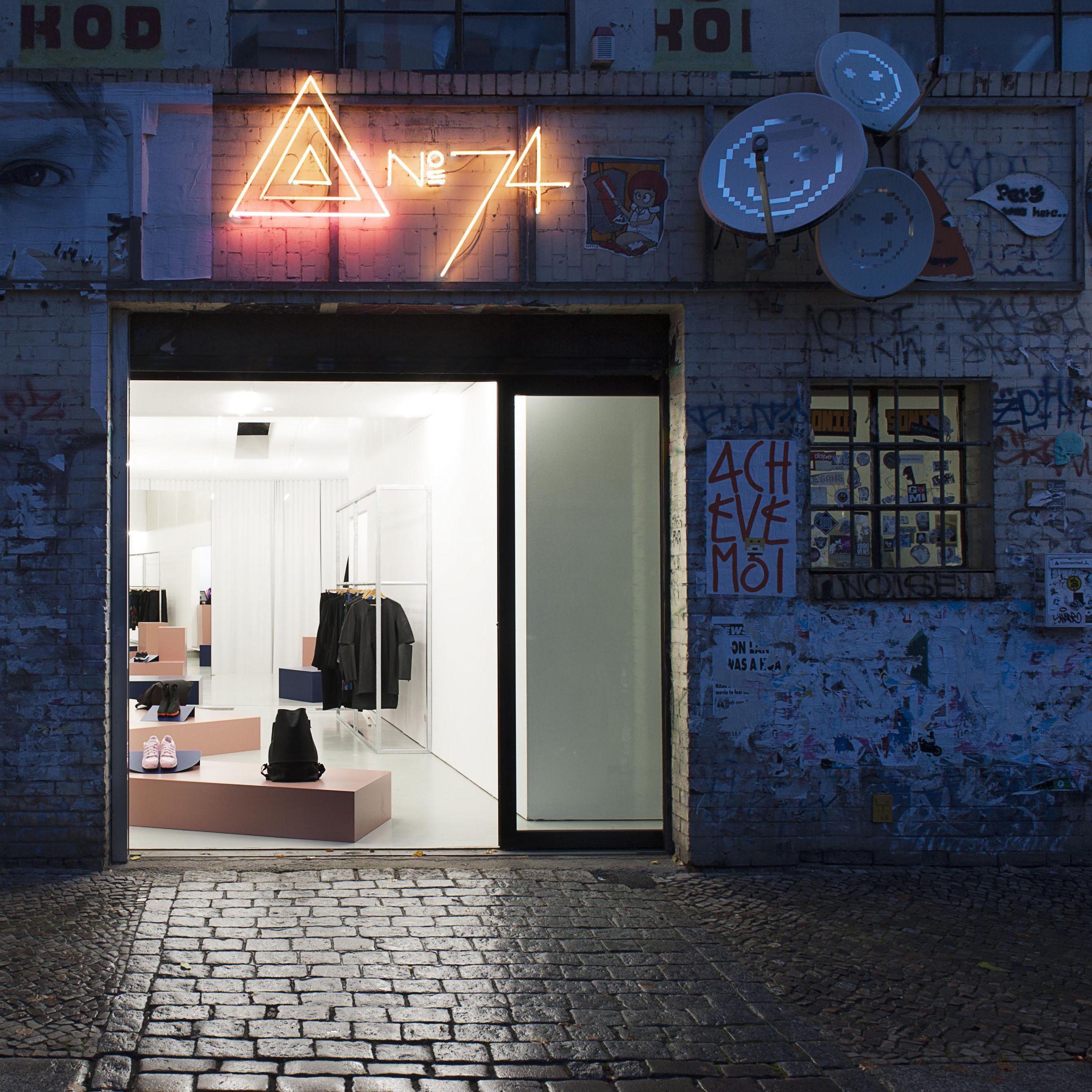 l den berlin stores to watch. Black Bedroom Furniture Sets. Home Design Ideas