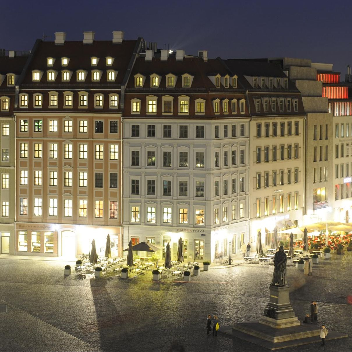 l den quartier an der frauenkirche neuer luxus in dresden. Black Bedroom Furniture Sets. Home Design Ideas