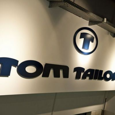 Tom Tailor-Logo in der Zentrale